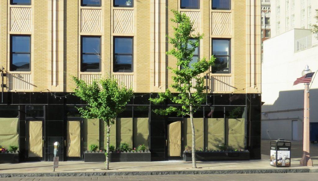 Nicki's Central West End Guide Handmade Services Shop News Uncategorized  Suitsupply Sam Koplar Maryland Plaza Koplar Properties Central West End Bonobus Guideshop