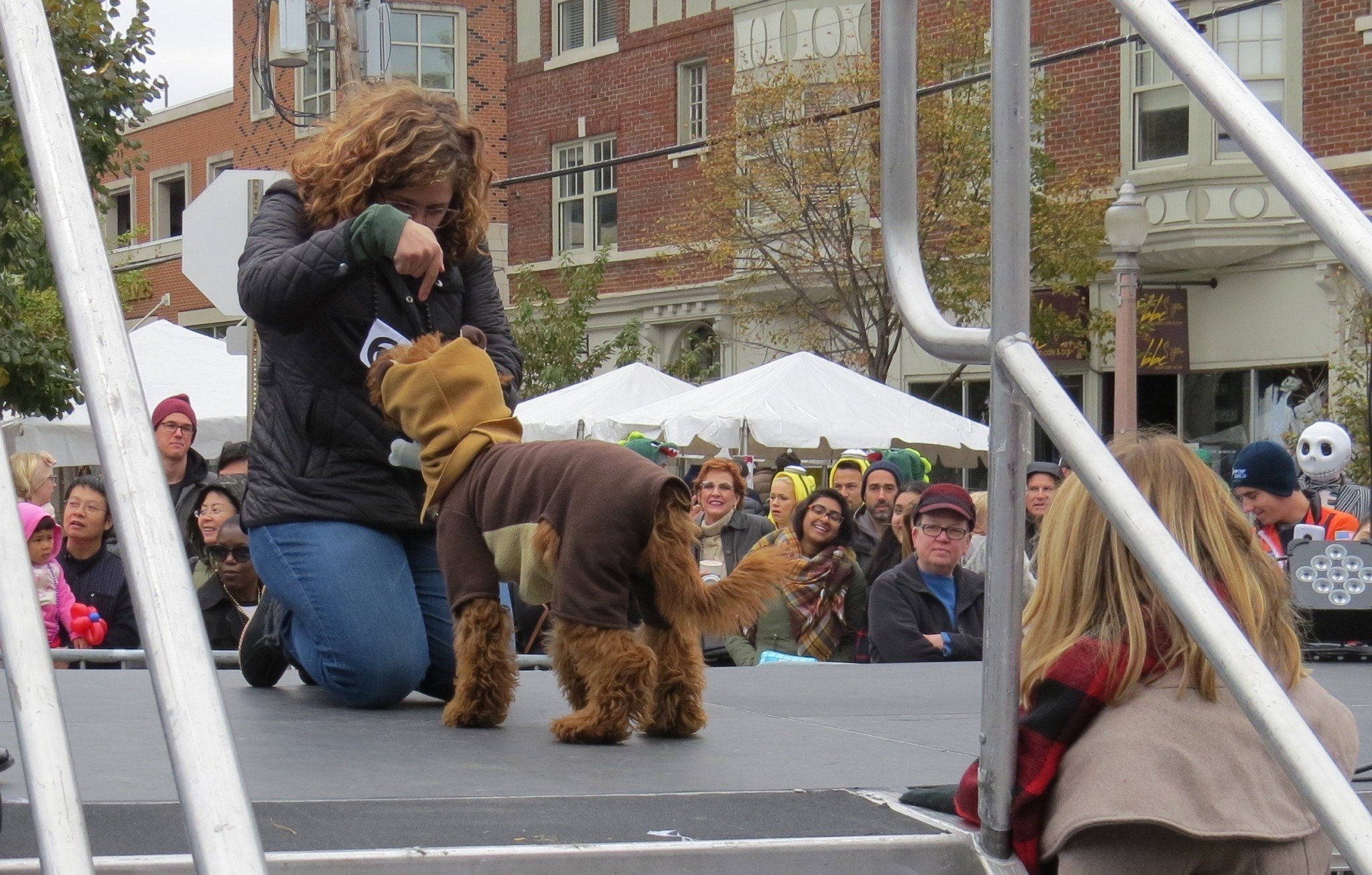 Nicki's Central West End Guide CWE Pets Events, Sightings For Children  Trish Bush Tommy Holloran Central West End Canine Costume Contest